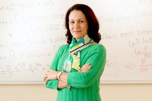 Dr. Amina Eladdadi